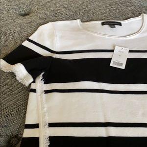 Black/white Lycra sweater banana republic